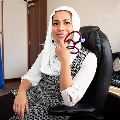Dr Nighat Arif